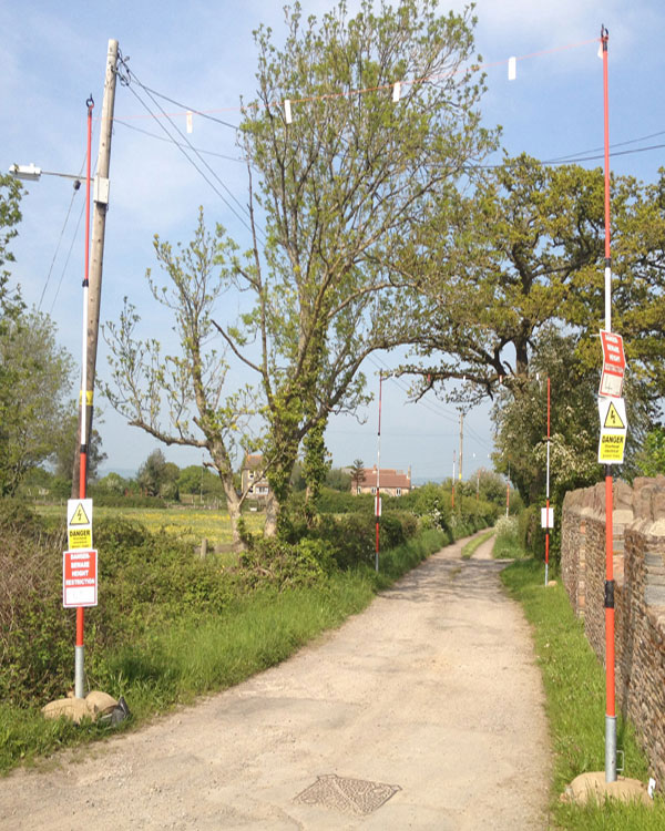 OVERHEAD CABLE WARNING SYSTEM - GOAL POSTS