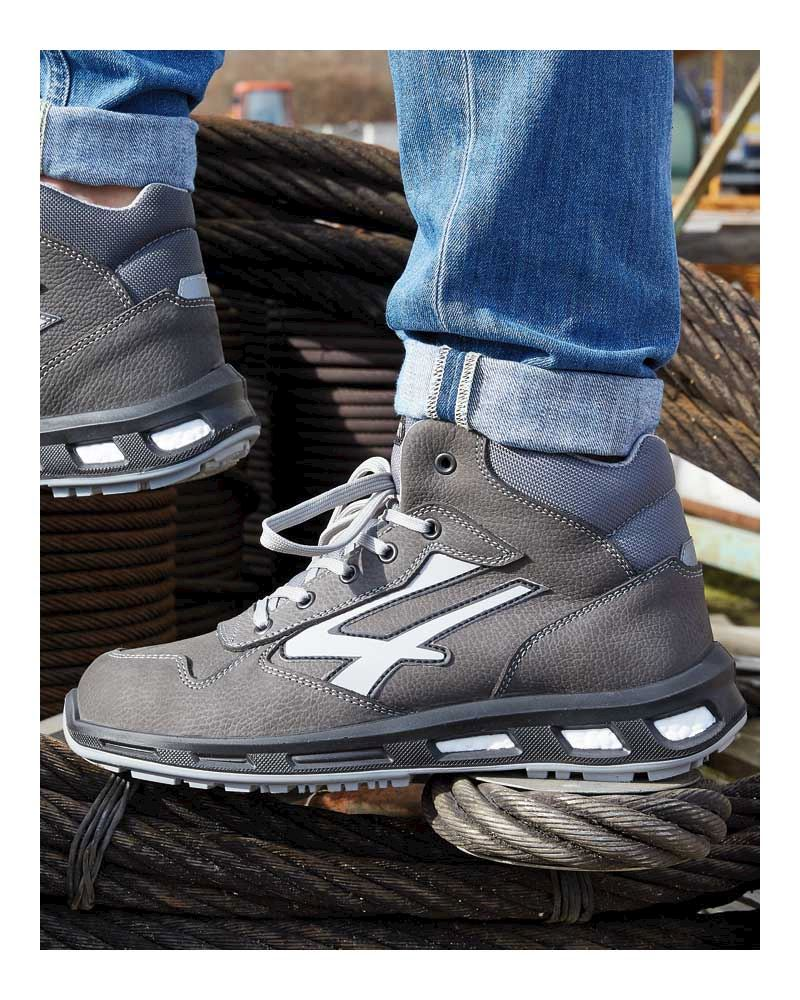 Innovative rebound technology by Red Lion Safety Footwear