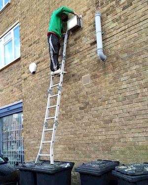 HSE Safe Use of Ladders