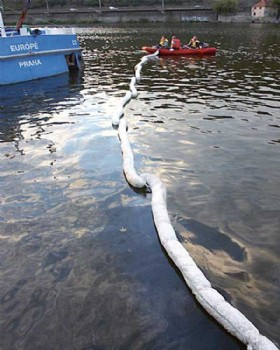 Oil Absorbent & Debris Containment Marine Boom