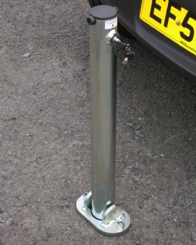 Parking Post Hinged With Integral Lock